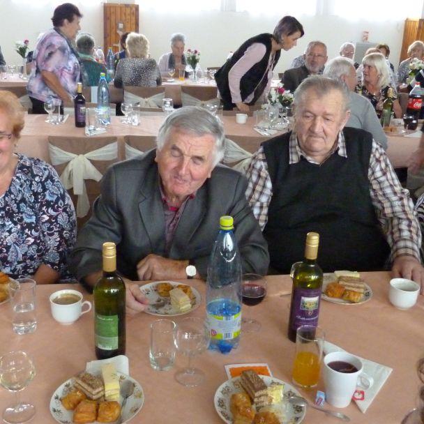 Posedenie pre dôchodcov 2017