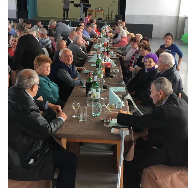 Posedenie pre dôchodcov 2018