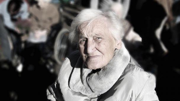 Zriadenie telefónnej linky pre dôchodcov- rozvoz potravín
